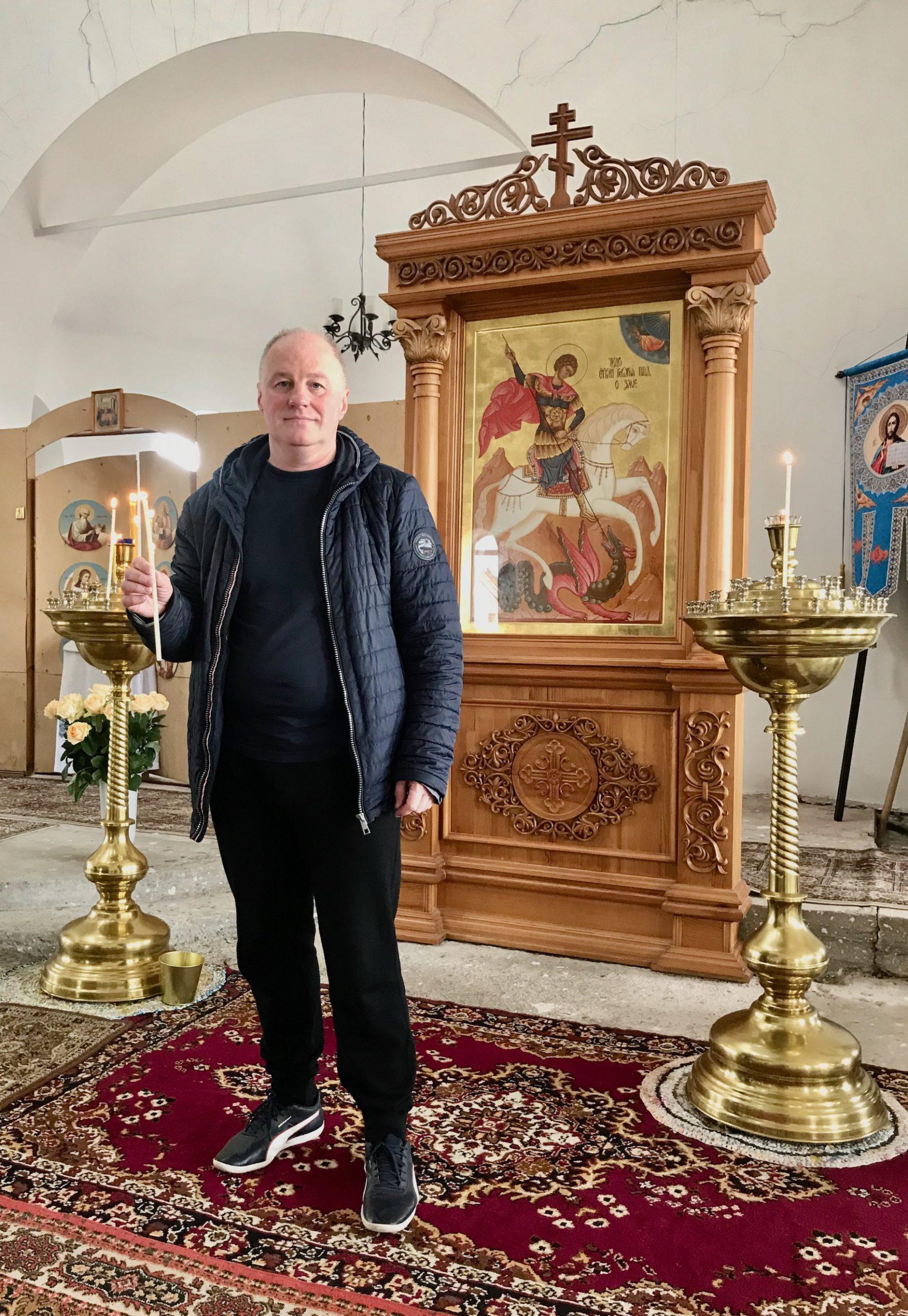 Поздравляю верующих с праздником светлой Пасхи! Скромный адвокат из Екатеринбурга.