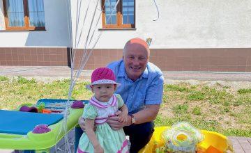 Скромный адвокат день варенья дочери, провел в суде. 🔥